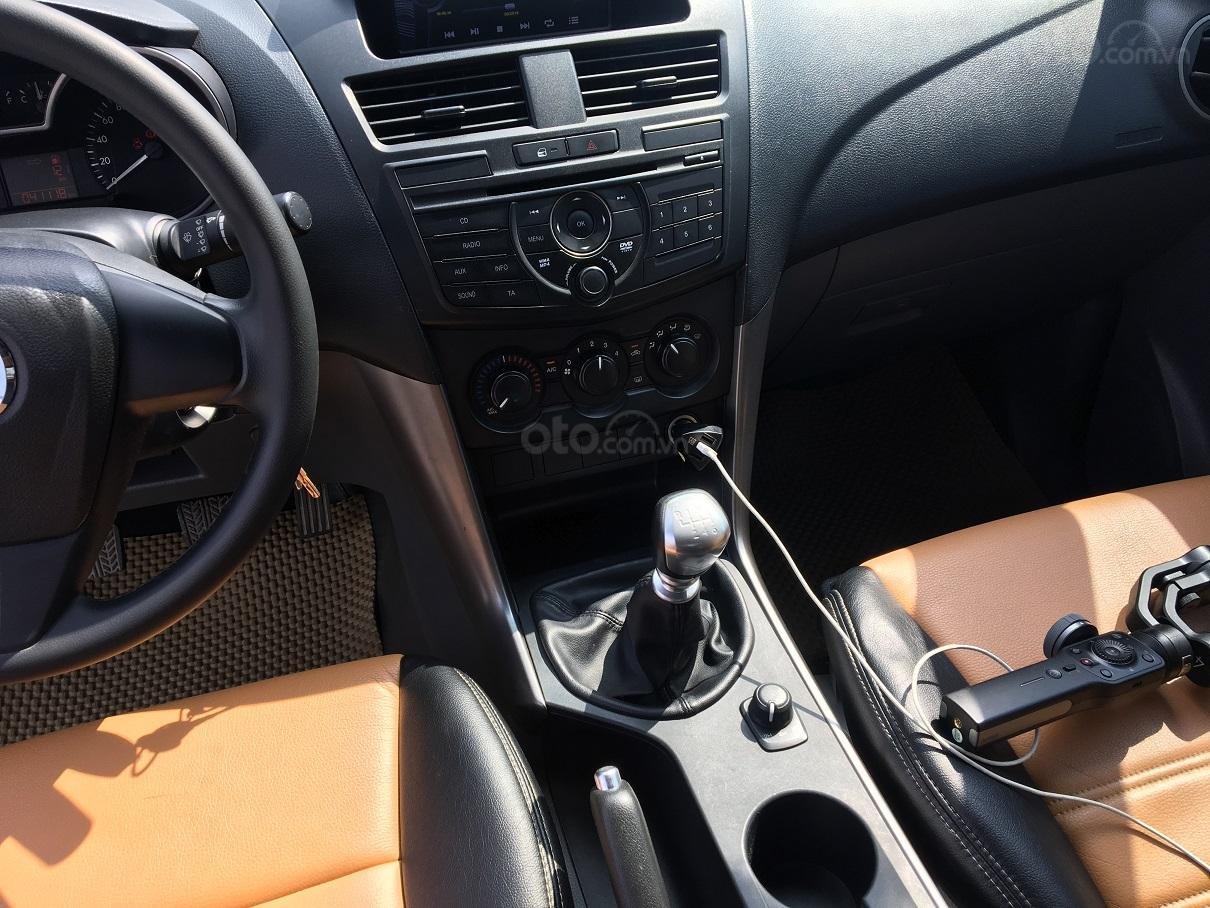 Bán xe Mazda BT 50 2.2L 4X4 MT sản xuất năm 2016, màu trắng, xe nhập-9