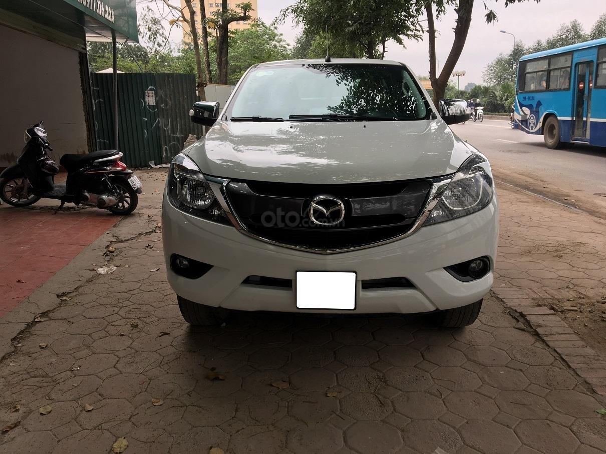 Bán xe Mazda BT 50 2.2L 4X4 MT sản xuất năm 2016, màu trắng, xe nhập-10