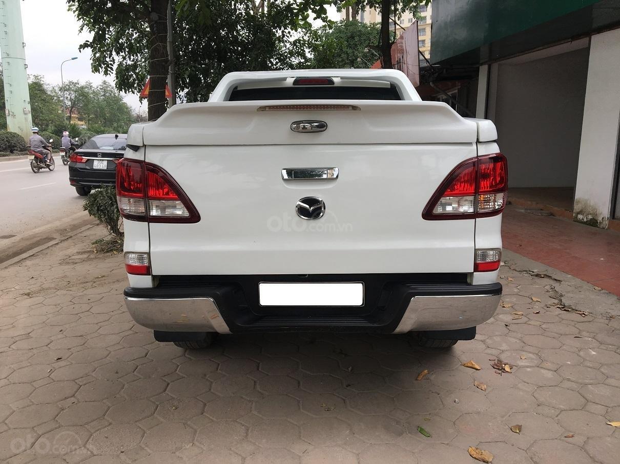 Bán xe Mazda BT 50 2.2L 4X4 MT sản xuất năm 2016, màu trắng, xe nhập-13