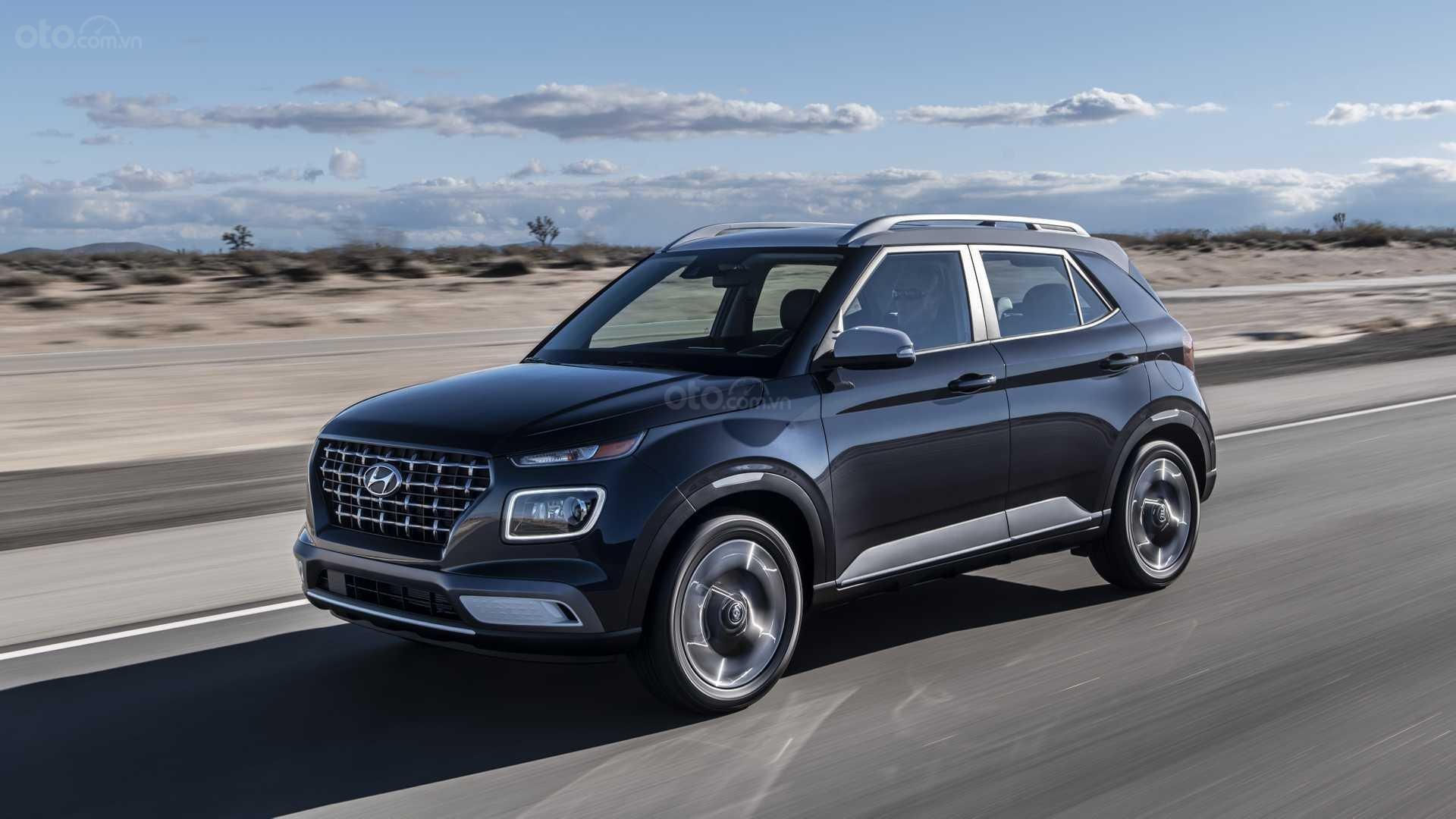 Hyundai Venue 2020 đang chạy trên đường