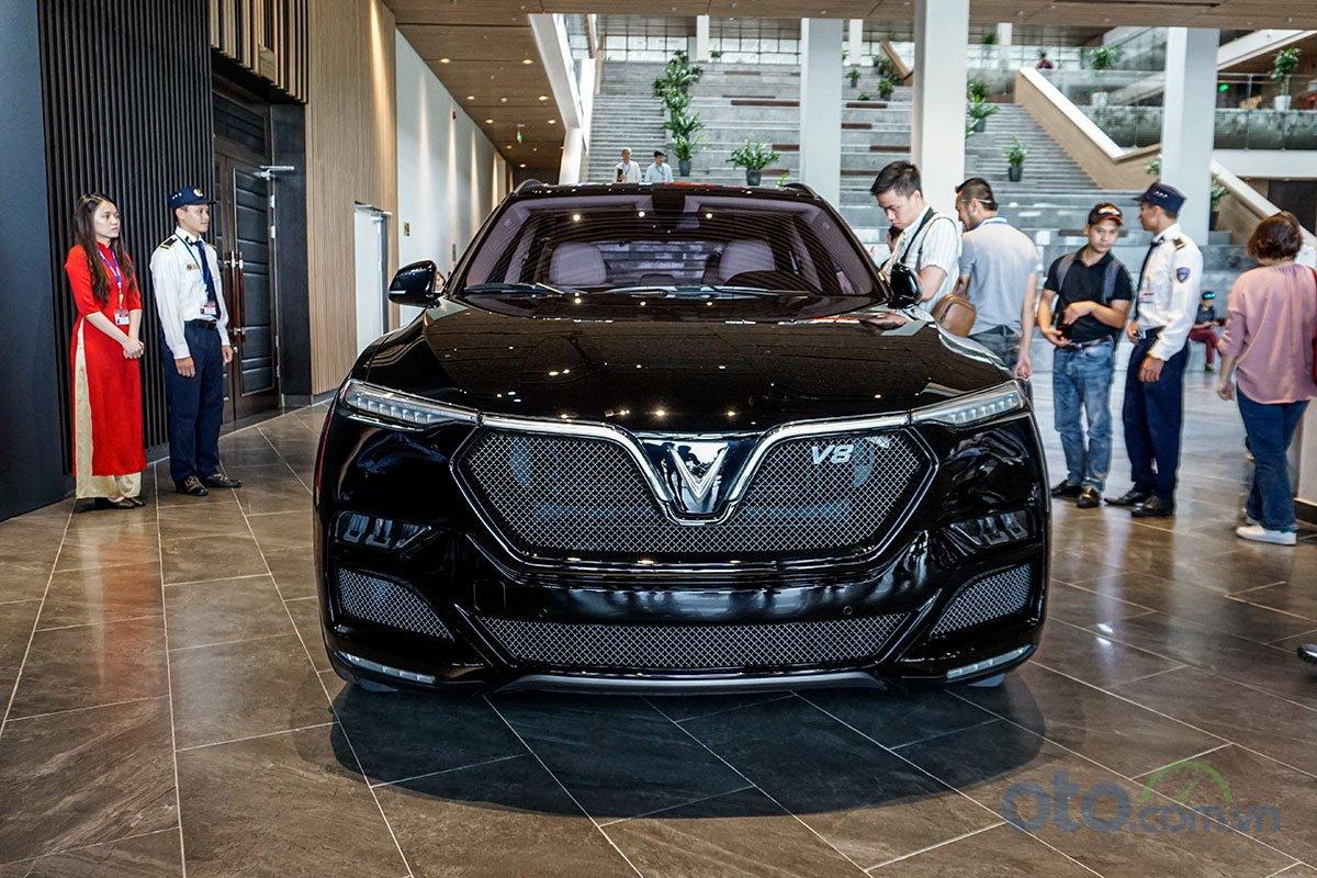 VinFast LUX V8: Chiếc SUV nhanh nhất phân khúc 1.