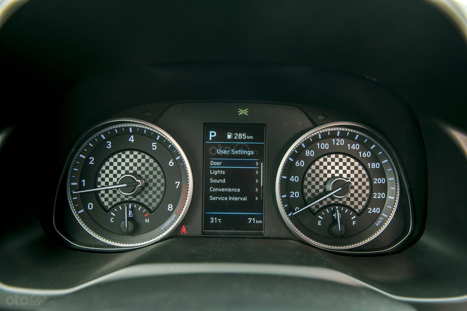 Bảng đồng hồ công tơ mét Hyundai Elantra 2.0 2019...