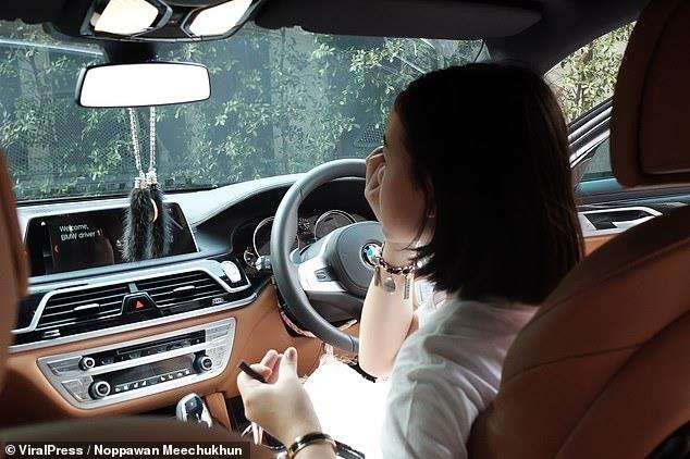Vlogger 12 tuổi sắm BMW 7-Series giá 4,5 tỷ đồng a5.