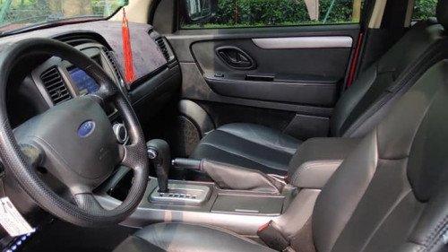 Cần bán xe Ford Escape 2.3 AT đời 2011, màu đỏ  -3