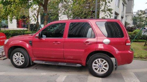 Cần bán xe Ford Escape 2.3 AT đời 2011, màu đỏ  -2