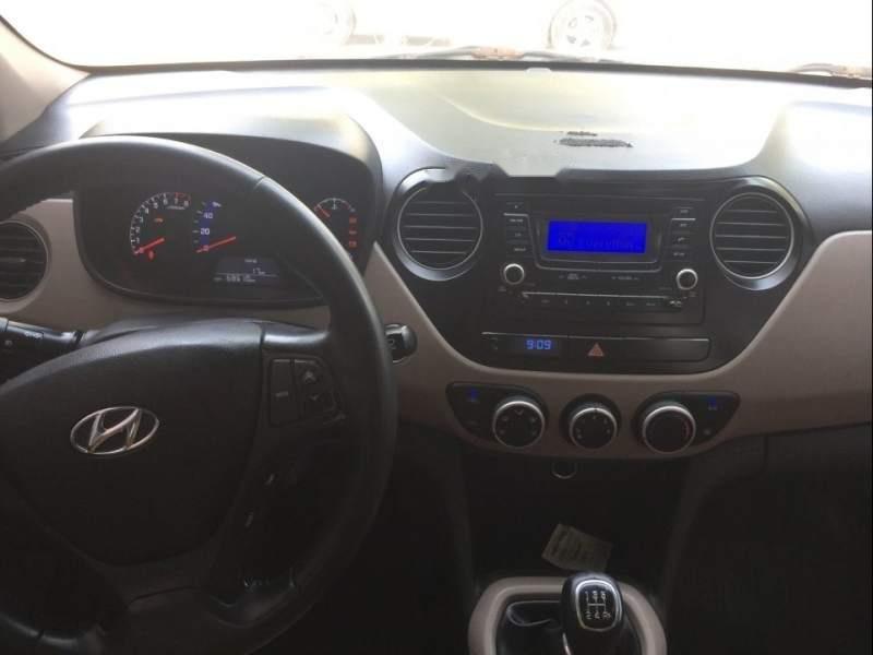 Bán Hyundai Grand i10 năm 2015, màu trắng, nhập khẩu-4
