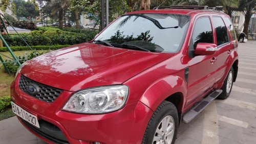 Cần bán xe Ford Escape 2.3 AT đời 2011, màu đỏ  -0