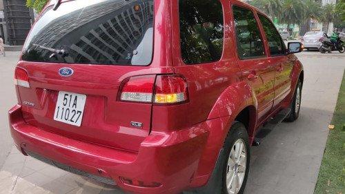 Cần bán xe Ford Escape 2.3 AT đời 2011, màu đỏ  -1