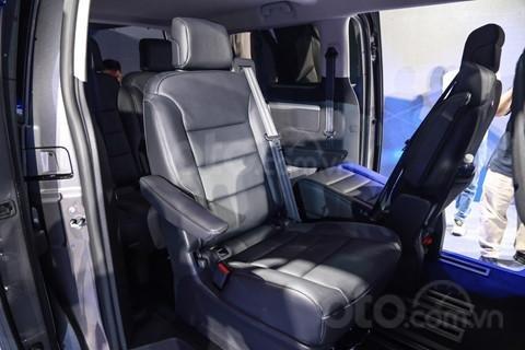 Bán Peugeot Traveller Luxury 2019 giá tốt, nhiều khuyến mãi hấp dẫn (2)