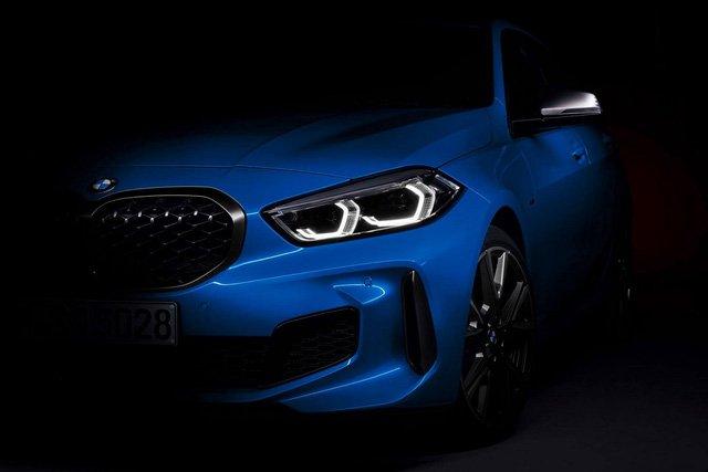 BMW 1-Series 2020 tung hình ảnh chính thức, thách thức Mercedes A-Class.