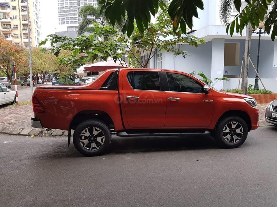 Toyota Hilux bán tải 2019 nhập khẩu Thái, khuyến mãi giảm tiền mặt + Phụ kiện, đủ màu, giao ngay. Liên hệ 0919970001-1