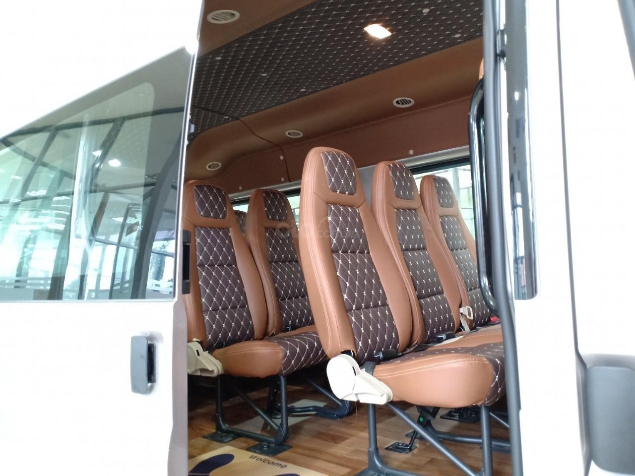 Ford Transit, giảm tiền mặt hoặc tặng phụ kiện, liên hệ ngay Xuân Liên 089 86 89 076-2