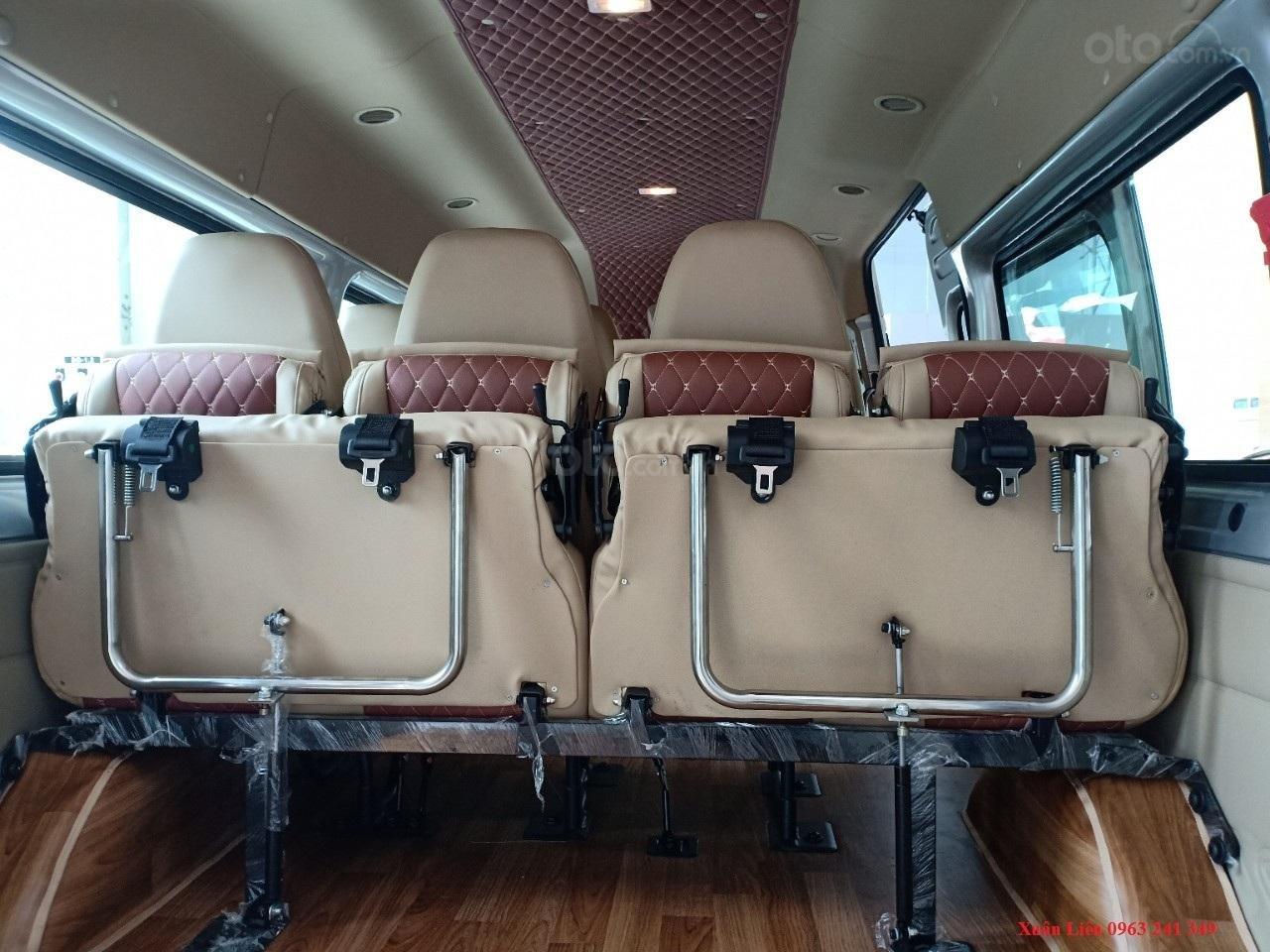 Ford Transit, giảm tiền mặt hoặc tặng phụ kiện, liên hệ ngay Xuân Liên 089 86 89 076-5