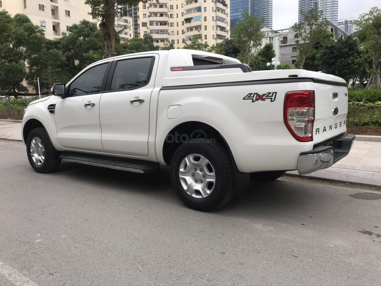 Tín Thành Auto- Ford Ranger XLT 2.2MT model 2016, trả góp lãi suất siêu thấp, liên hệ: Mr. Vũ Văn Huy: 097.171.8228-7