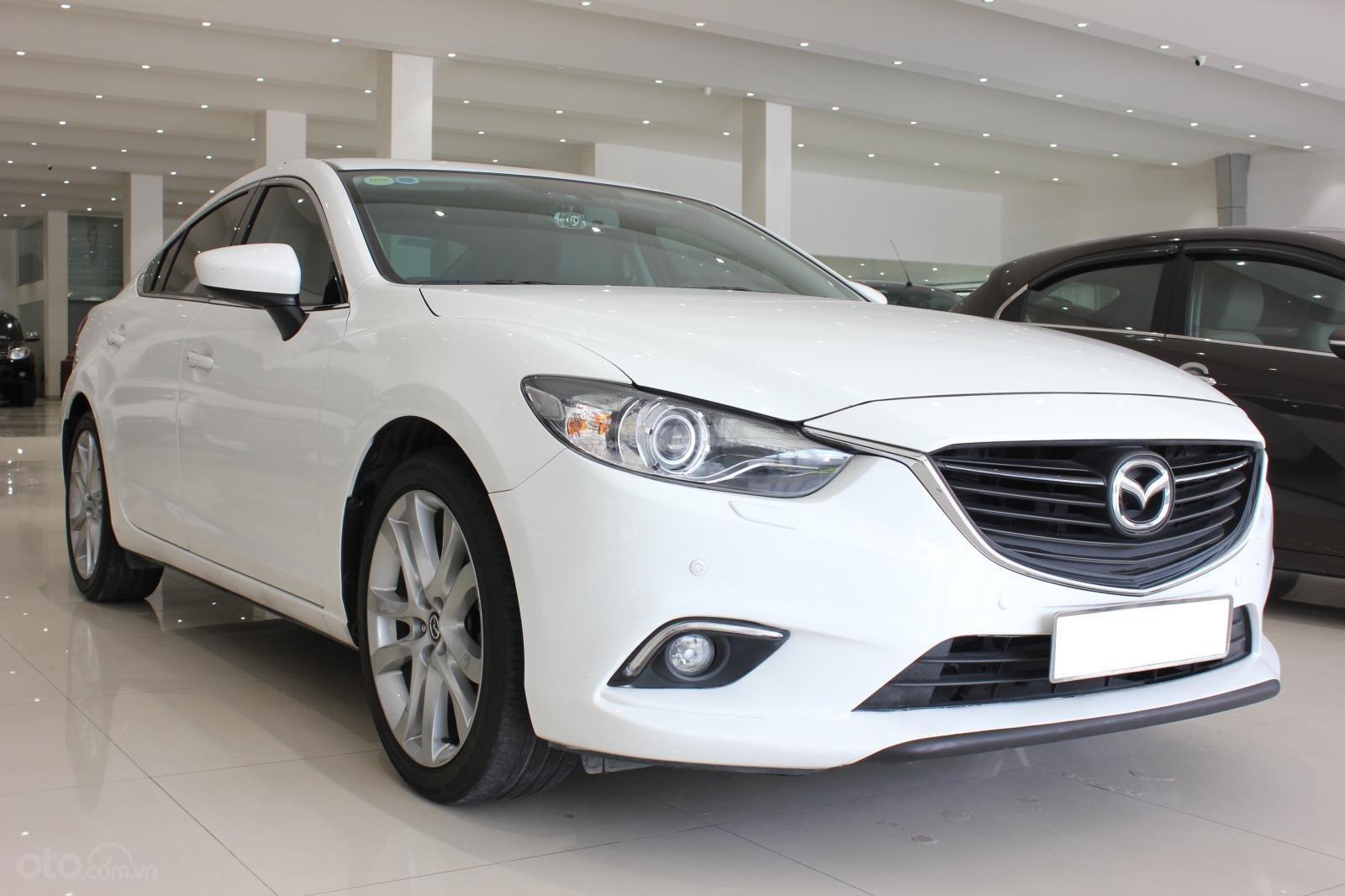 Bán ô tô Mazda 6 2.5 AT 2016, màu trắng-1