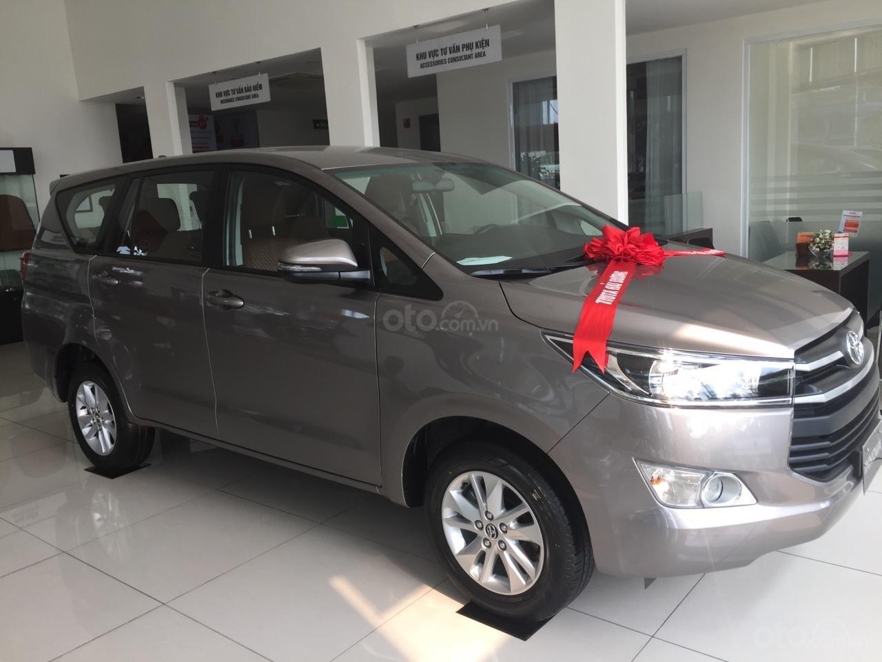 Cần bán Toyota Innova E tại Hải Dương, liên hệ 0982772326- hỗ trợ trả góp 80%-0