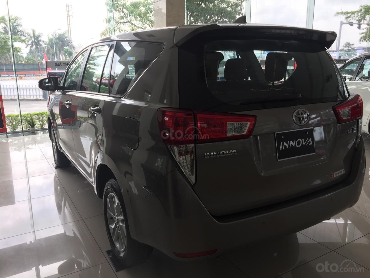 Cần bán Toyota Innova E tại Hải Dương, liên hệ 0982772326- hỗ trợ trả góp 80%-4