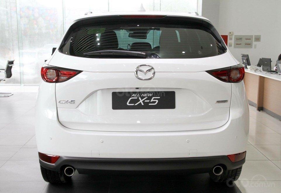 Mazda CX5 2.0 hỗ trợ 50 triệu tiền mặt, giao xe ngay trong 3 ngày, hỗ trợ vay vốn 80%. Lh 0908 360 146 Toàn Mazda-2
