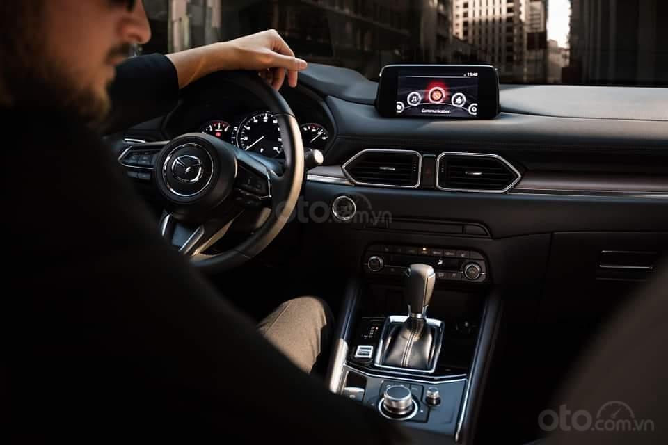 Mazda CX5 2.0 hỗ trợ 50 triệu tiền mặt, giao xe ngay trong 3 ngày, hỗ trợ vay vốn 80%. Lh 0908 360 146 Toàn Mazda-3