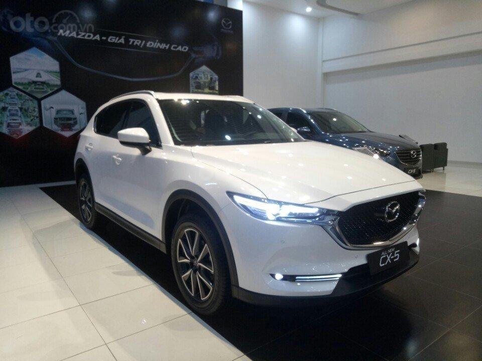 Mazda CX5 2.0 hỗ trợ 50 triệu tiền mặt, giao xe ngay trong 3 ngày, hỗ trợ vay vốn 80%. Lh 0908 360 146 Toàn Mazda-6