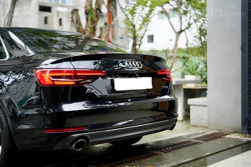 Bán Audi A4 2.0 TFSI màu đen, sản xuất 12/2017, đăng ký 10/2018, tên tư nhân chính chủ-11