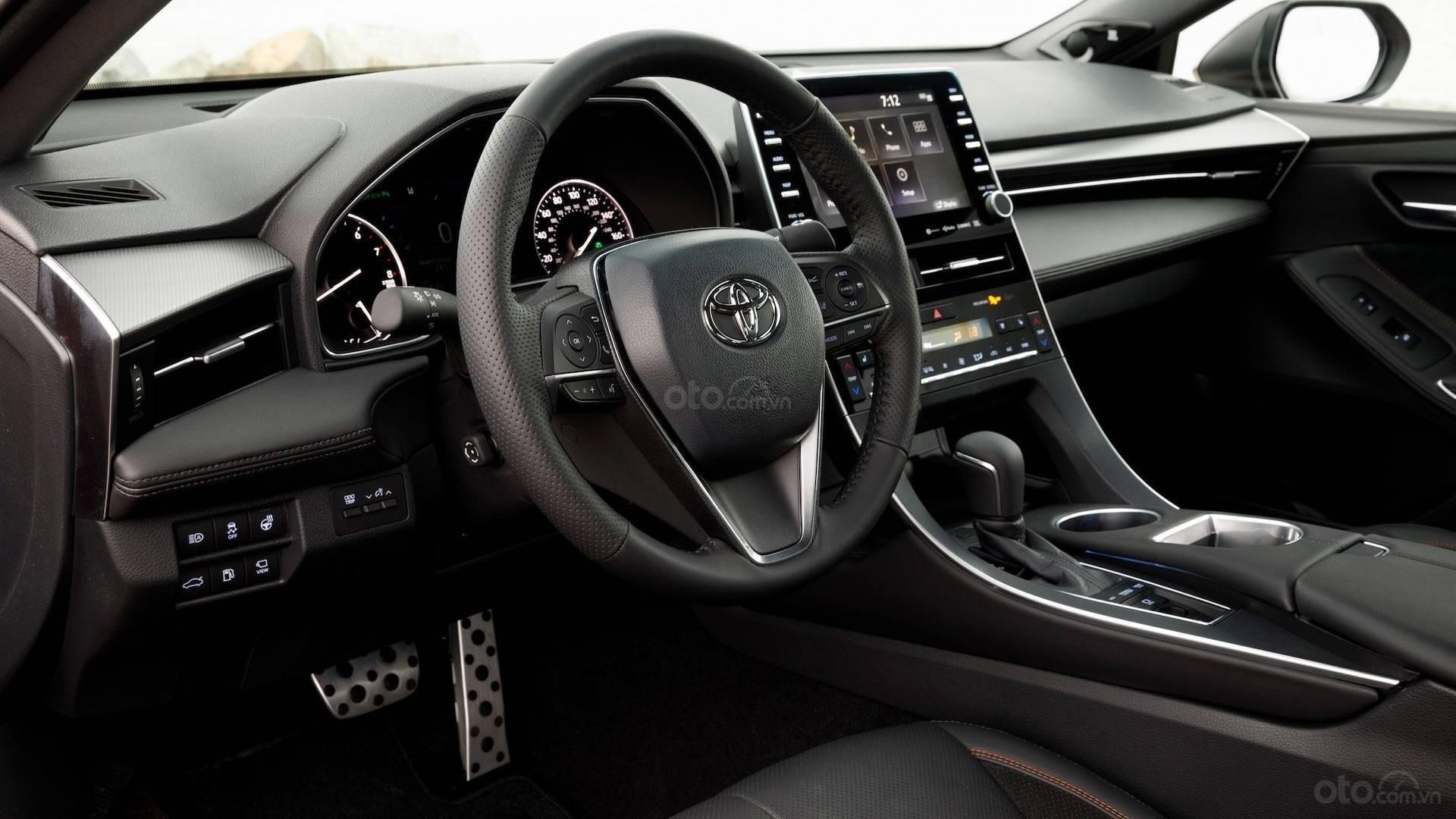Toyota Avalon 2019: nội thất 1