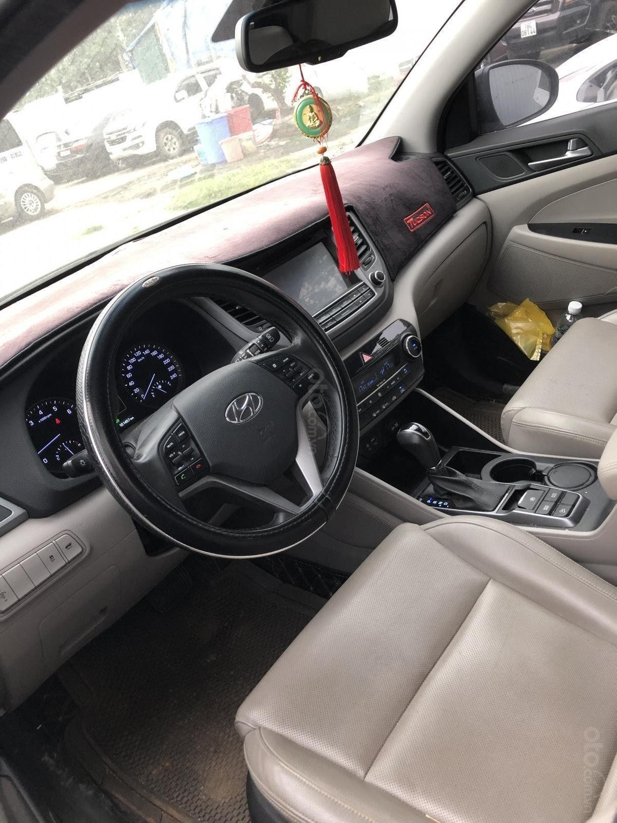 Bán Hyundai Tucson sản xuất 2016, xe nhập, bản đặc biệt-1