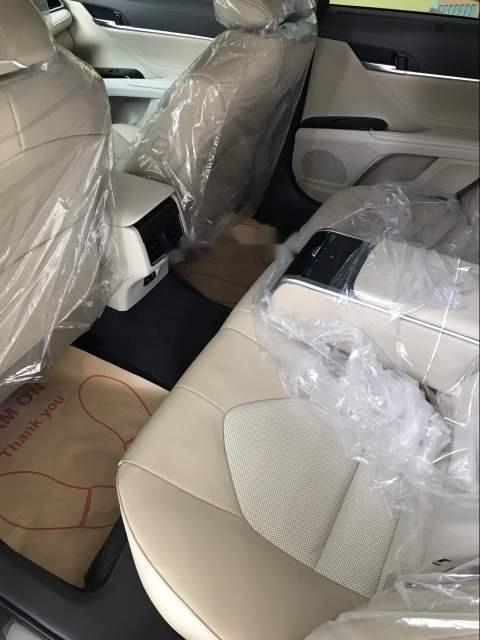 Bán Toyota Camry năm sản xuất 2019, màu trắng, nhập khẩu Thái-3