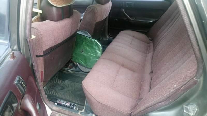 Xe Toyota Camry đời 1988, nhập khẩu nguyên chiếc giá cạnh tranh-4