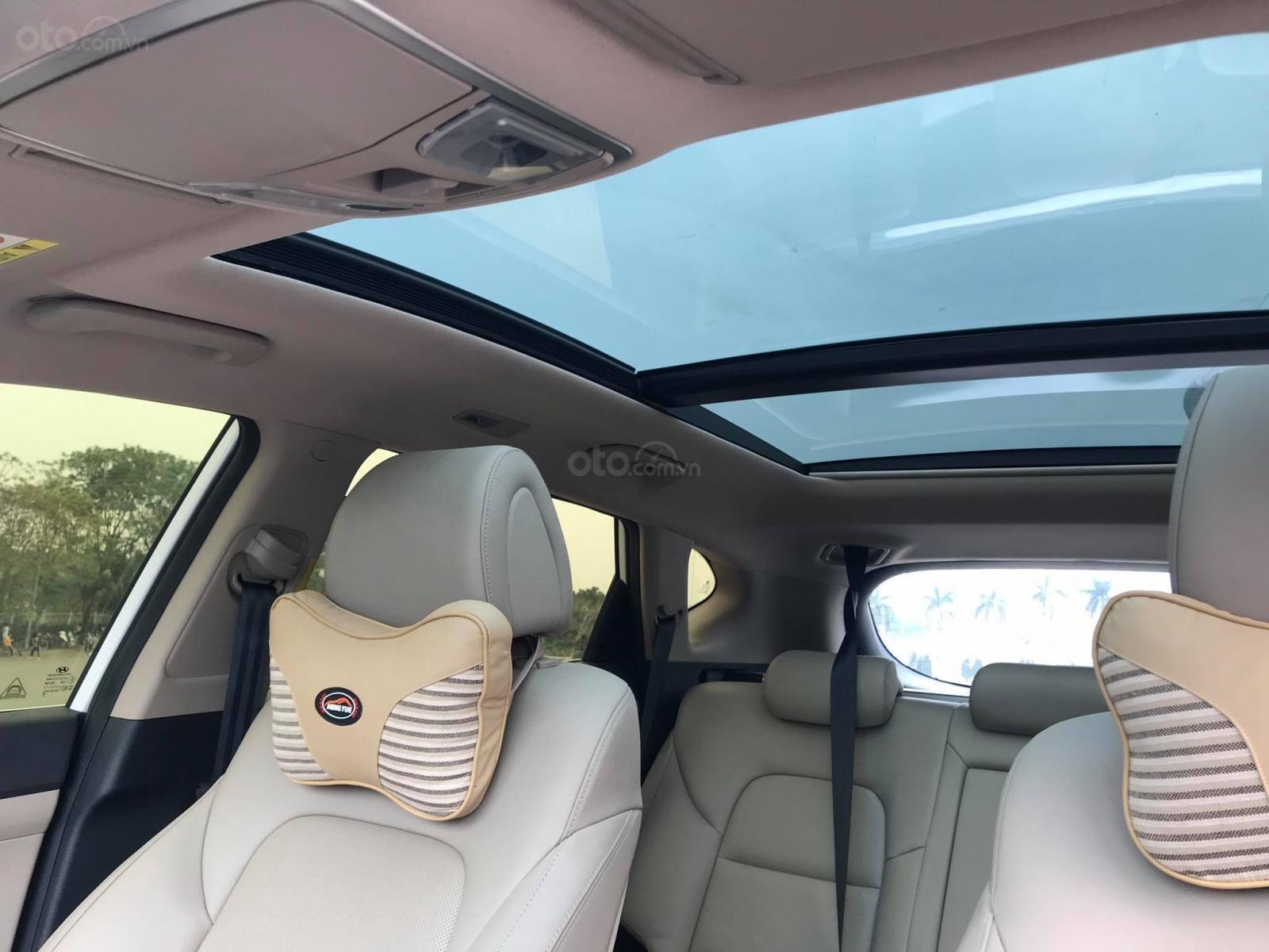 Cần bán Hyundai Tucson 2.0 ĐB sản xuất 2017, màu trắng-6