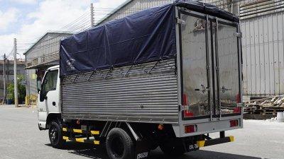 Bán xe tải Isuzu 2,5 tấn thùng bạt 3m6 đời 2019-1