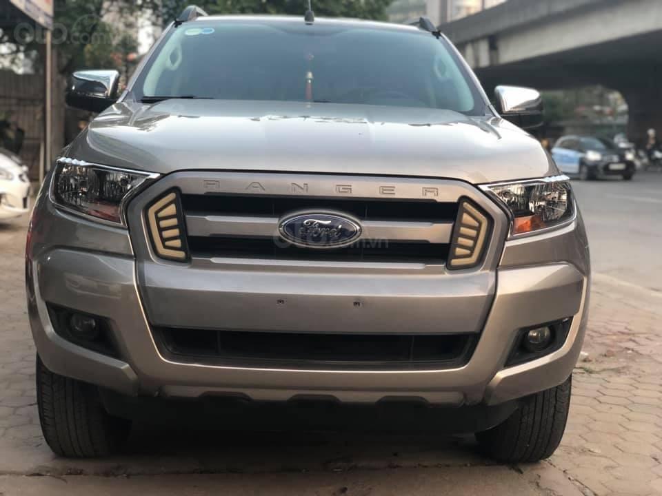Bán xe Ford Ranger XLS AT, đăng kí tháng 3/2017, xe nhập, vàng cát-0