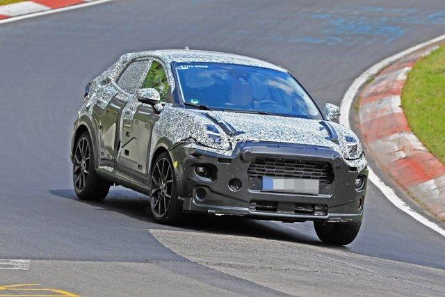 """Ford Puma 2019 - """"Đàn em"""" của EcoSport xuất hiện trên đường đua Nurburgring a1"""