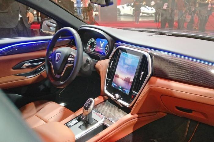Bán ô tô VinFast LUX A2.0 Full Option (Nội thất da Nappa) 2019, màu đỏ (Giá 1 tỷ 3 đã bao gồm VAT - bàn giao xe T9.2019)-3