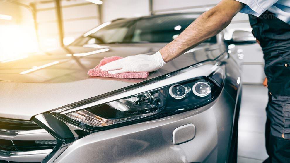 """Wax bóng, phủ sáp ô tô: Vũ khí giúp xe giữ """"thanh xuân"""" trước ngày mưa nắng"""