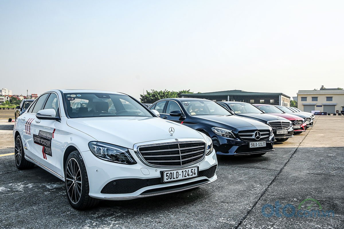 Mercedes-Benz Driving Academy 2019 1.