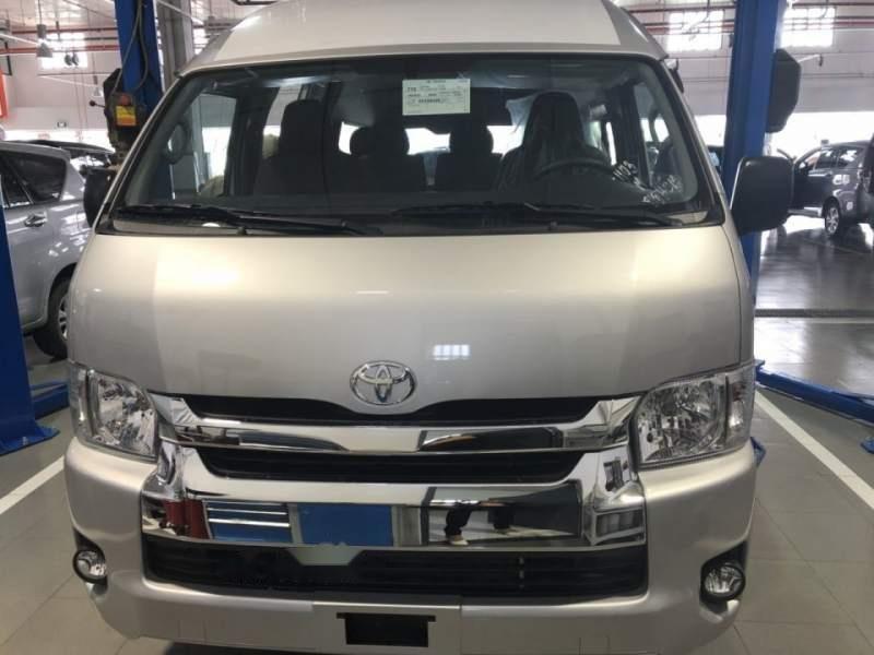 Bán xe Toyota Hiace năm sản xuất 2019, màu bạc, nhập khẩu nguyên chiếc, giá chỉ 819 triệu-0