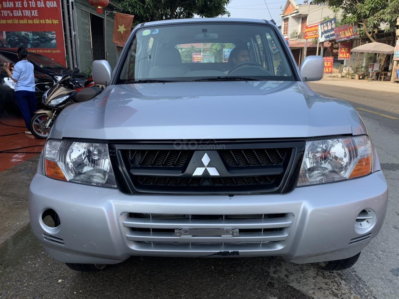 Cần bán xe Mitsubishi Pajero năm sản xuất 2006, màu bạc, nhập khẩu nguyên chiếc (1)