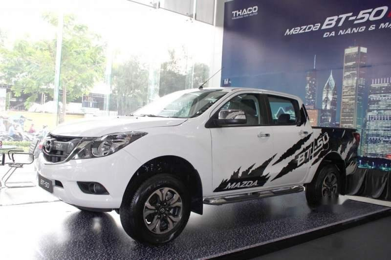 Bán Mazda BT 50 2019, màu trắng, xe nhập, giá chỉ 699 triệu-1