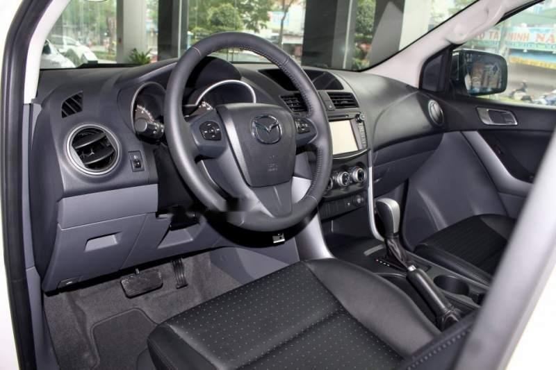 Bán Mazda BT 50 2019, màu trắng, xe nhập, giá chỉ 699 triệu-4
