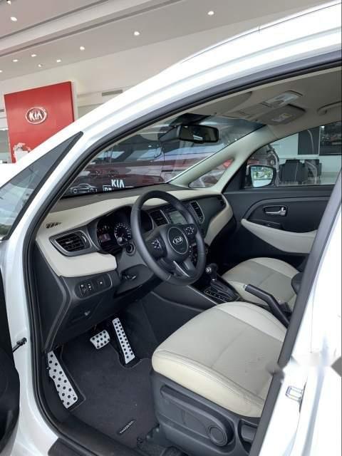 Bán ô tô Kia Rondo đời 2019, màu trắng-3