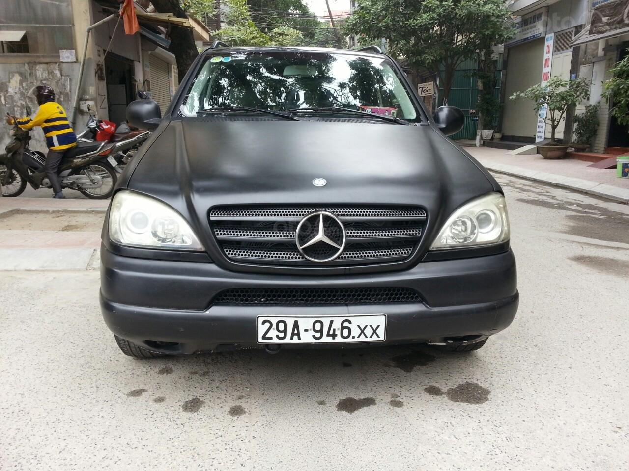 Đi nước ngoài cần bán gấp Mercedes ML-320-0