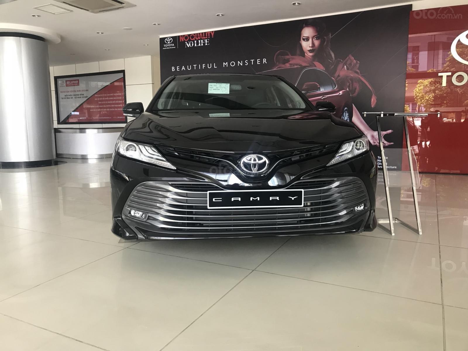 Bán Toyota Camry 2019 nhập Thái Lan nguyên chiếc, xe đủ màu giao ngay-0