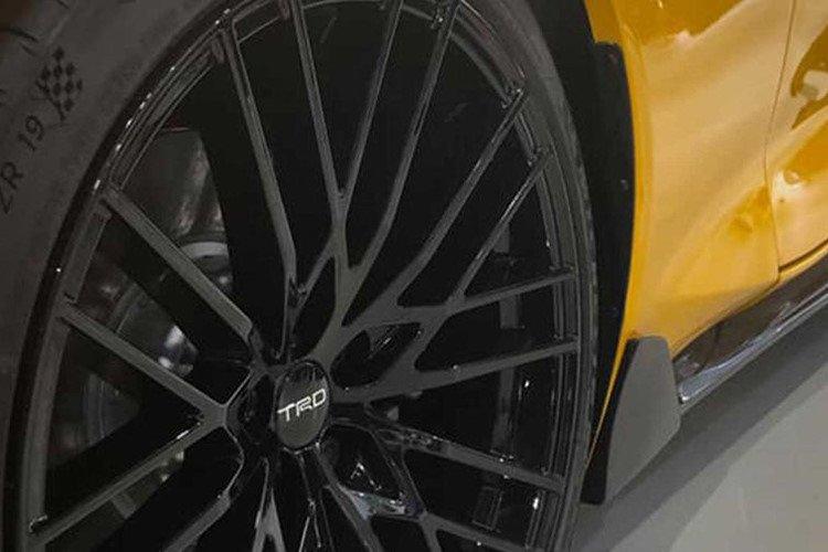 Toyota Supra 2020 thể thao hơn, mạnh mẽ hơn với gói độ TRD chính hãng a3
