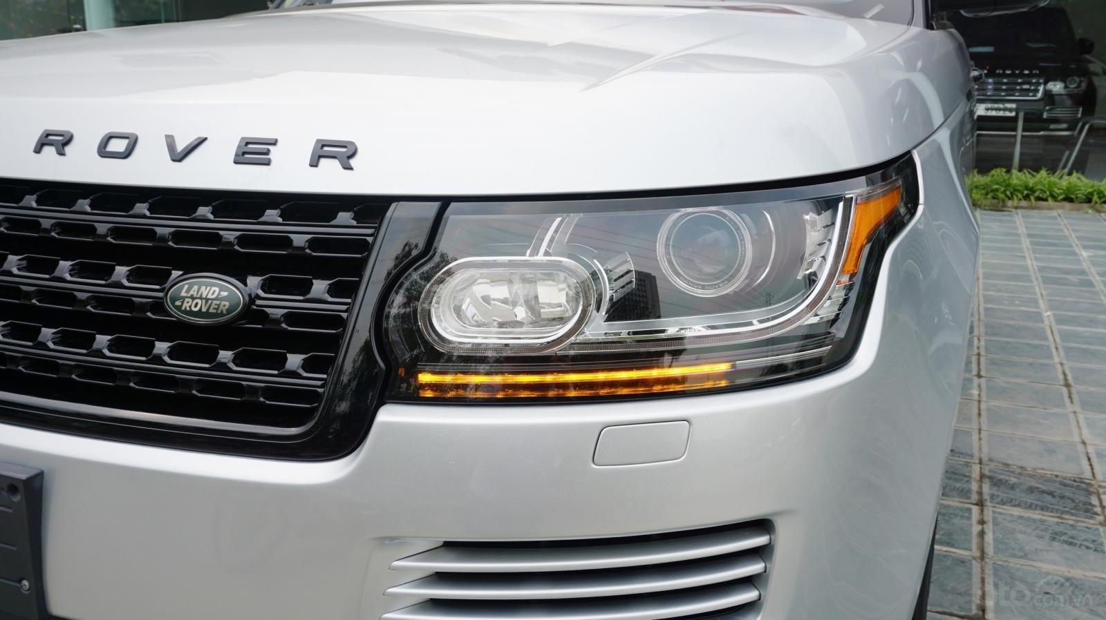 Bán LandRover Range Rover HSE 3.0 SX 2014, màu bạc, nhập khẩu nguyên chiếc-3