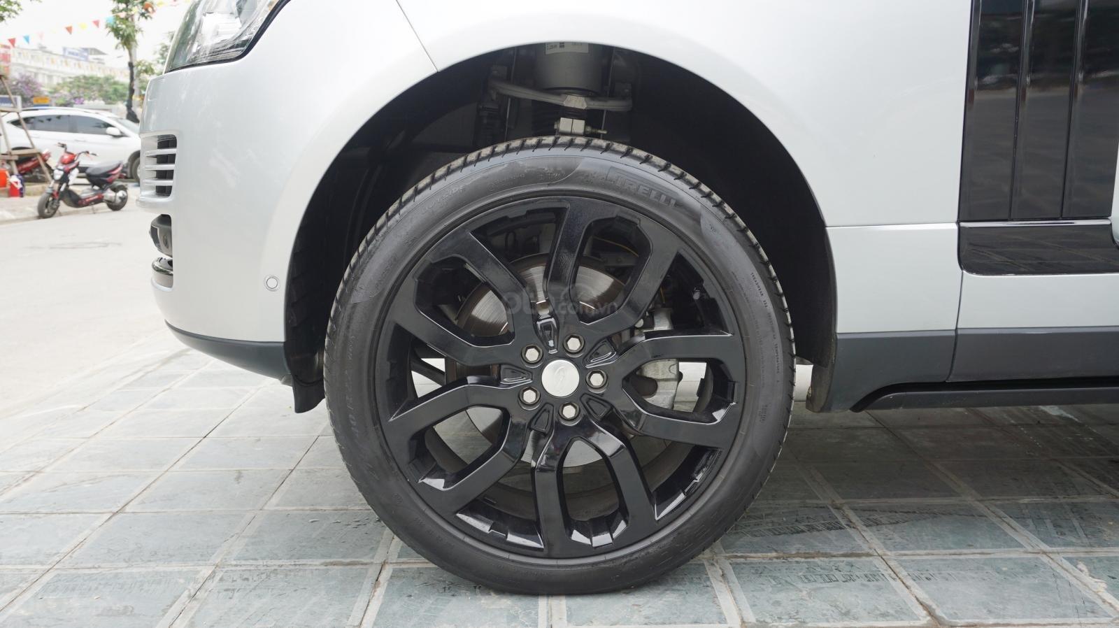 Bán LandRover Range Rover HSE 3.0 SX 2014, màu bạc, nhập khẩu nguyên chiếc-7