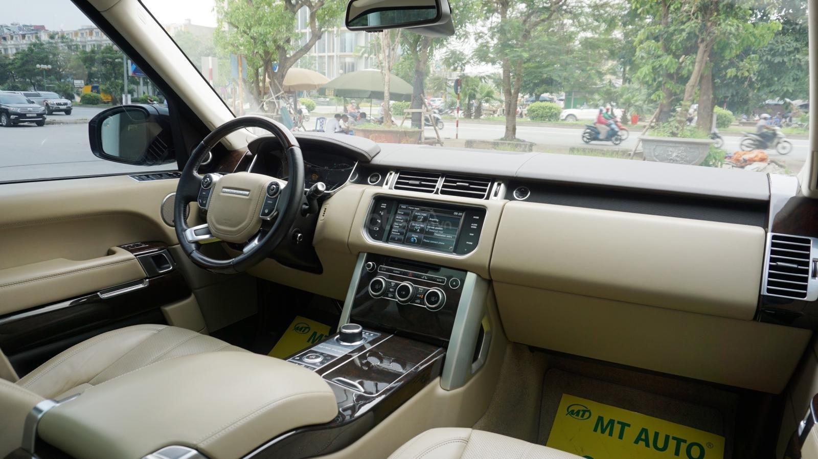 Bán LandRover Range Rover HSE 3.0 SX 2014, màu bạc, nhập khẩu nguyên chiếc-18