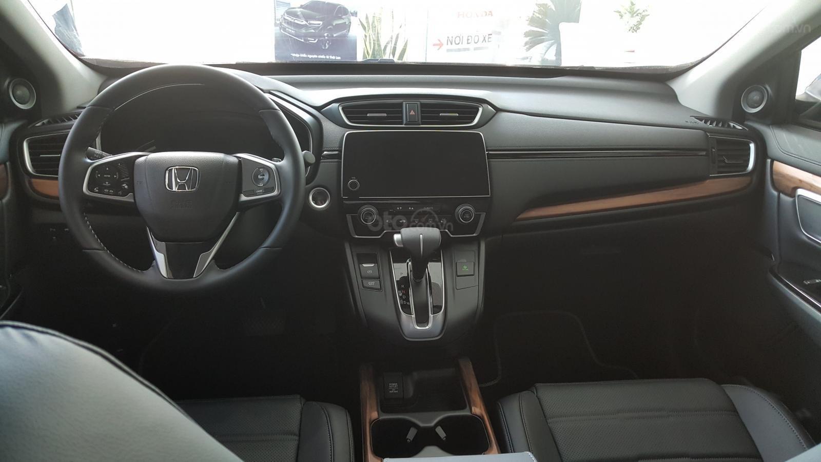 [Sài Gòn] Honda CRV TOP tháng 7 - Tặng BH 2 chiều, tiền mặt - 4xtr phụ kiện - Ưu đãi lớn, LH 0901.898.383-5