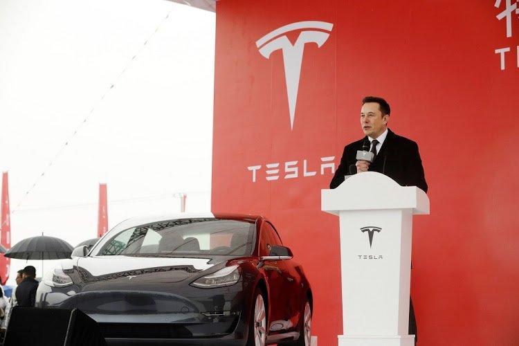 """Tesla cảnh cáo nhân viên phải """"giữ mồm giữ miệng"""" 3"""