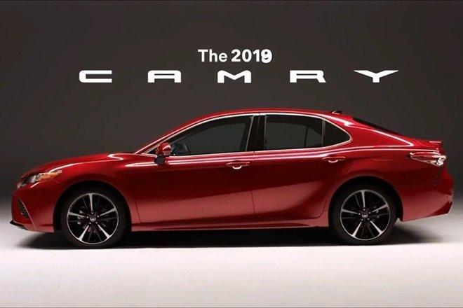 """Xếp hạng xe hạng D tháng 3/2019: Toyota Camry """"phế quất"""" Mazda 6."""